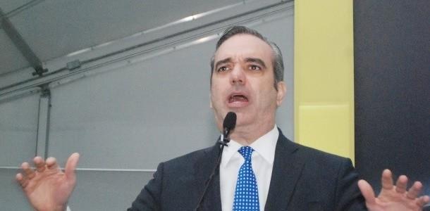 SANTO DOMINGO.- El dirigente del Partido Revolucionario Moderno (PRM) Luis […]