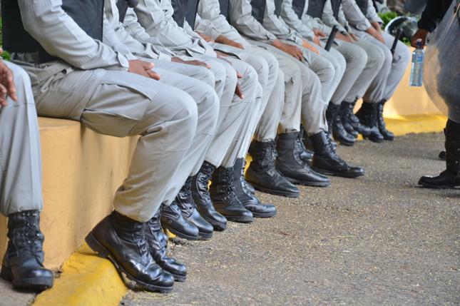 Resultado de imagen para policia de rd