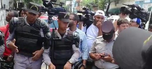 Santo Domingo, 12 jun (EFE).- Los imputados por el caso […]