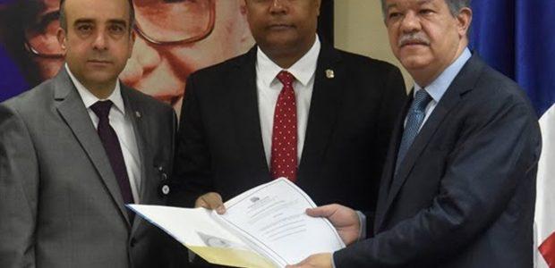 SANTO DOMINGO.-Los partidos de la oposición con representación congresional anunciaron […]