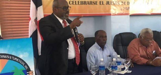 Santiago Samora durante su intervención en el congreso de Codotatur […]