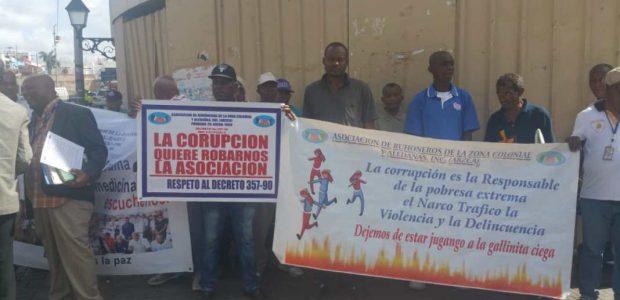 SANTO DOMINGO, República Dominicana.- La Asociación de Buhoneros de la […]
