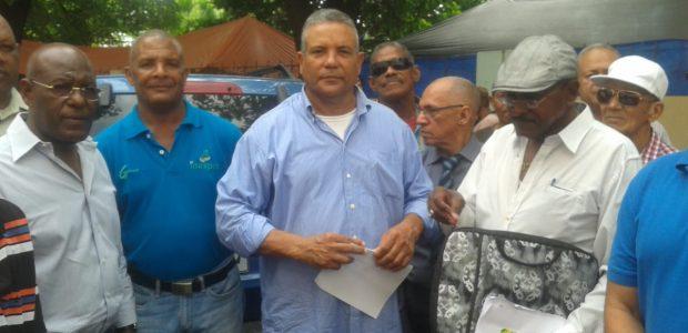 Santo Domingo.-El general retirado, Jose Ramon Lopez Peralta, del Ejercito […]
