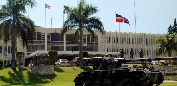 SANTO DOMINGO.- El Ministro de las Fuerzas Armadas ordenó este […]