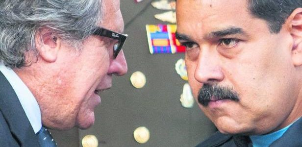 Miami(EFE).- Elsecretario general de la OEA, Luis Almagro, y expresidentes […]