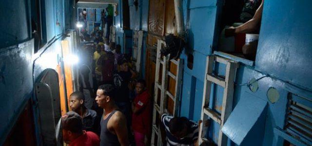 Wanda Méndez Santo Domingo En centros penitenciarios del país, tanto […]