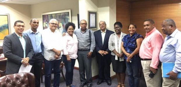 Spread the love El director del Servicio Nacional de Salud Dr. Chanel Rosa recibió la Fundación Guanin y representante de las Juntas de Vecinos del Sector La Piedra, donde le […]