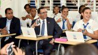 SANTIAGO.- El ministro de Educación, Andrés Navarro, puso hoy en […]