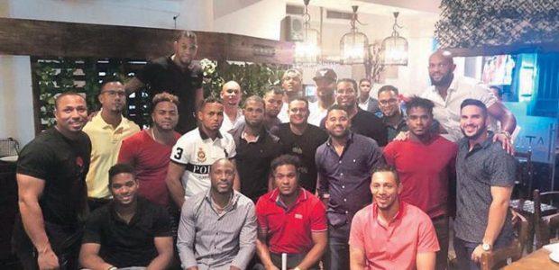 Freddy Tapia Santo Domingo Un grupo de jugadores, encabezados por […]