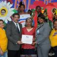 Santo Domingo. Vistosas y coloridas comparsas de las regionales educativas […]