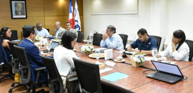 Parte del equipo técnico de la Oficina de Cooperación Internacional(OCI) […]