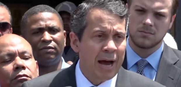 Javier Flores Santo Domingo El delegado político del Partido Revolucionario […]