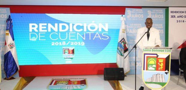SANTO DOMINGO.-El alcalde de Santo Domingo Este, Alfredo Martínez rindió […]