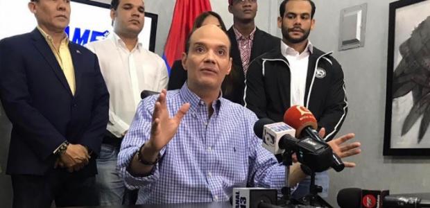 Santo Domingo, 12 feb.- El aspirante presidencial por el Partido […]