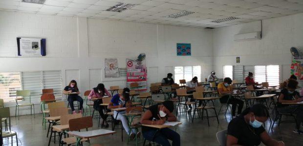 Spread the love Por Alejandro Quezada (La Conciencia) Fueron recibidas 300 aspirantes al curso de Auxiliar de Enfermería, con el fin de ser evaluadas por parte de los miembros de […]