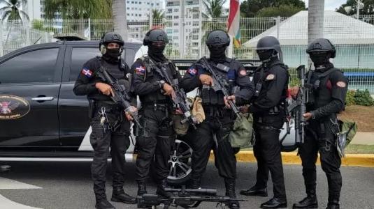 Spread the love SANTO DOMINGO, República Dominicana.- El Ministerio de Defensa decidió emprender una acción militar de rescate de los dominicanos que fueron secuestrados en Haití el pasado domingo, y […]