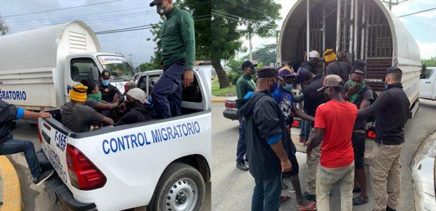 SANTO DOMINGO.- Cientos de haitianos indocumentados han sido apresados en las últimas horas durante operativos realizados en diversos punto la República Dominicana por miembros de la Dirección de Migración y […]
