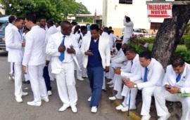 Spread the love MAO,Valverde.-Los médicos de los hospitales públicos de aquí marcharon este lunes en demanda de que las autoridades de Salud Pública mejoren las condiciones de los centros asistenciales […]