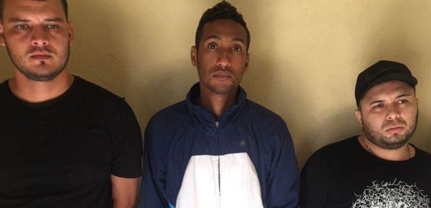 BANI.– La Policía apresó a cuatro colombianos sospechosos de asaltar […]