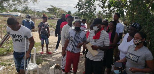 Spread the love Boca Chica. RD.- El pasado día 18 de febrero, los residentes de Los Botao del municipio de Boca Chica, fueron despertados a las 6 de la mañana […]