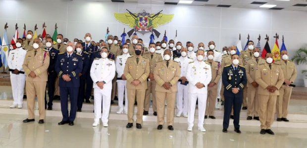 Spread the love Incluye al Ministro de Defensa Por Lic. Felix Matos SANTO DOMINGO.- La Conferencia de las Fuerzas Armadas Centroamericanas (CFAC), entregó medallas de reconocimiento a 47 militares dominicanos, […]